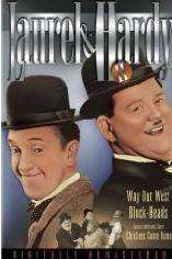 Laurel & Hardy - Chickens Come Home (1931) - filme online - Stan si bran